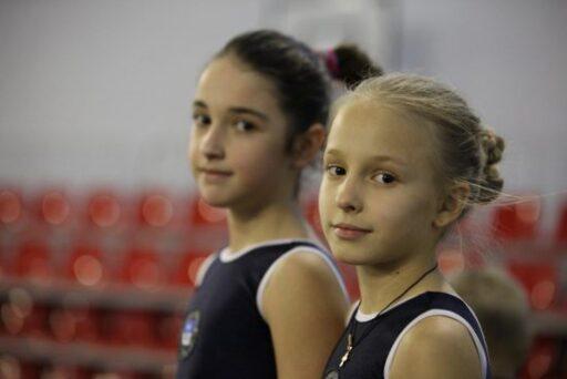 Возраст спортсменов - от 9 до 18 лет
