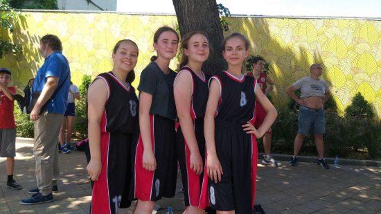 Команда «Кролики», филиал спортивной школа № 6 в станице Елизаветинской, девочки 2005 г.р.